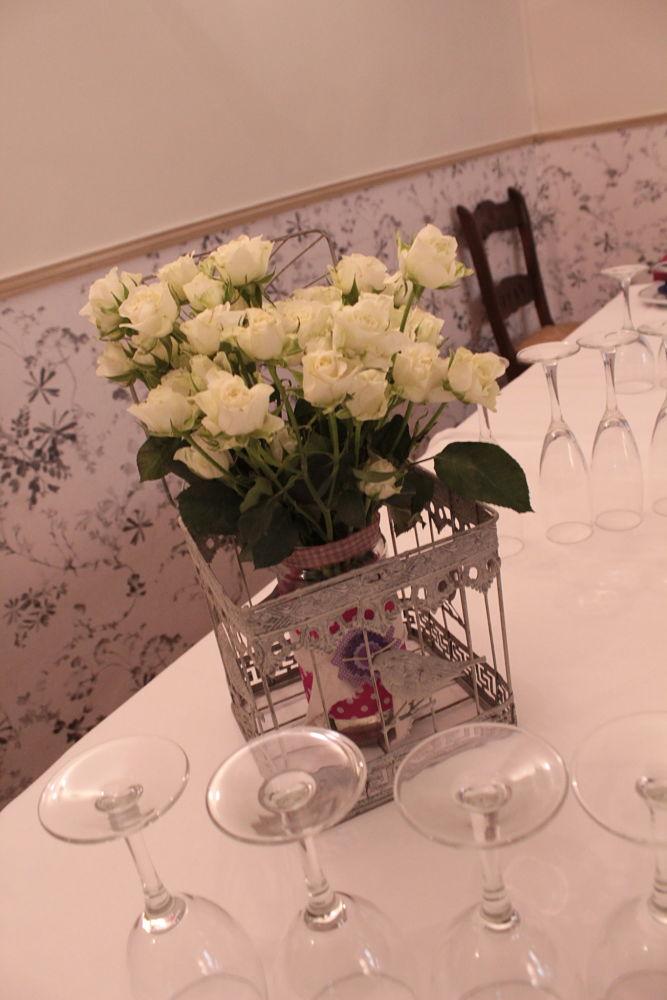 Jaula floral para bautizo