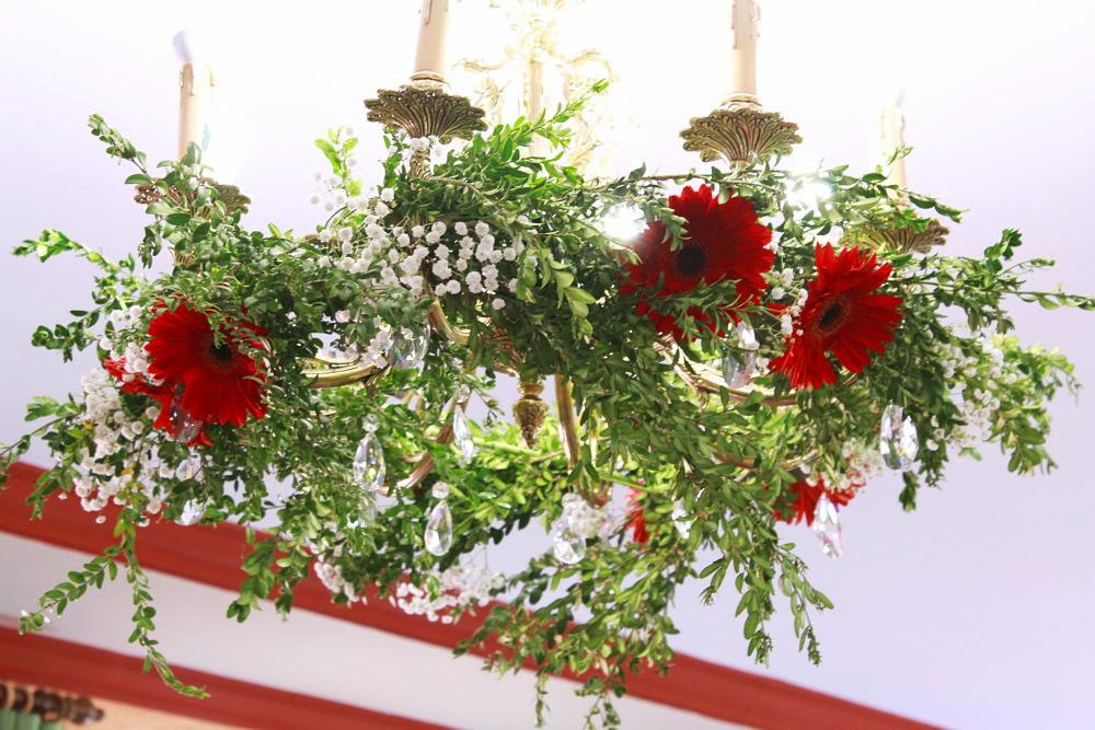 Decoración de lámparas con flores